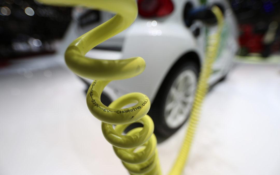 Adiós petróleo, bienvenida electromovilidad